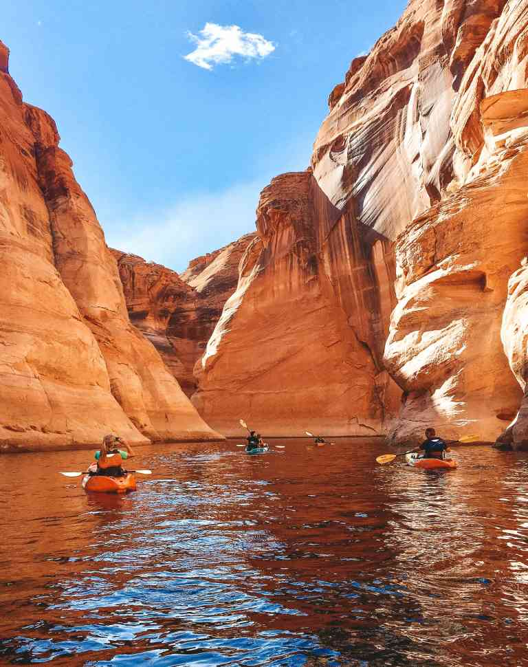 19 Extraordinary National Parks to Visit in 2019 | HerLifeAdventures.Blog | #traveldestinations #travelideas #northamericatravel #traveltips #usdestinations #travelhacks #travelguide #adventuretravel #roadtrip #nationalpark #nationalparkroadtrip #travelpacking #wheretogo