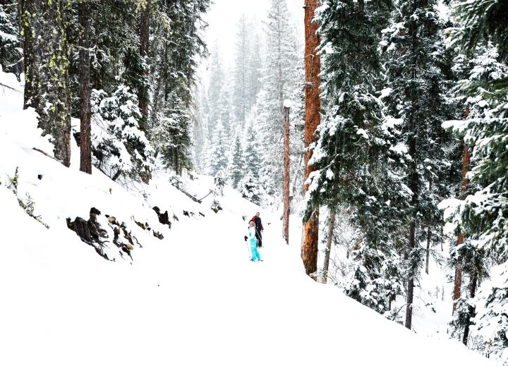 Snow Shoeing Big Sky Montana The adventure guide to Big Sky Montana in the winter. | herlifeadventures.blog | #traveldestinations #travelideas #northamericatravel #traveltips #usdestinations #travelhacks #travelguide #adventuretravel #roadtrip #bigsky #montana #adventureguide #winteractivities #wintertravel