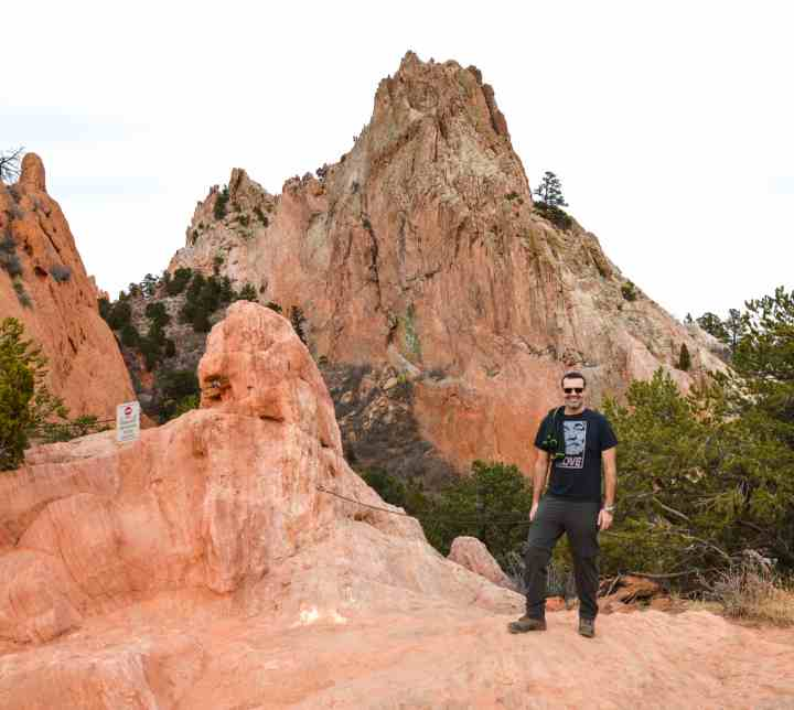 Garden of the Gods hike in Colorado Springs. The Perfect Weekend in #Colorado Springs #weekend getaway itinerary covers where to stay, #hiking activities, hidden gems, and all the best stops for your #vacation in this beautiful #UStraveldestination