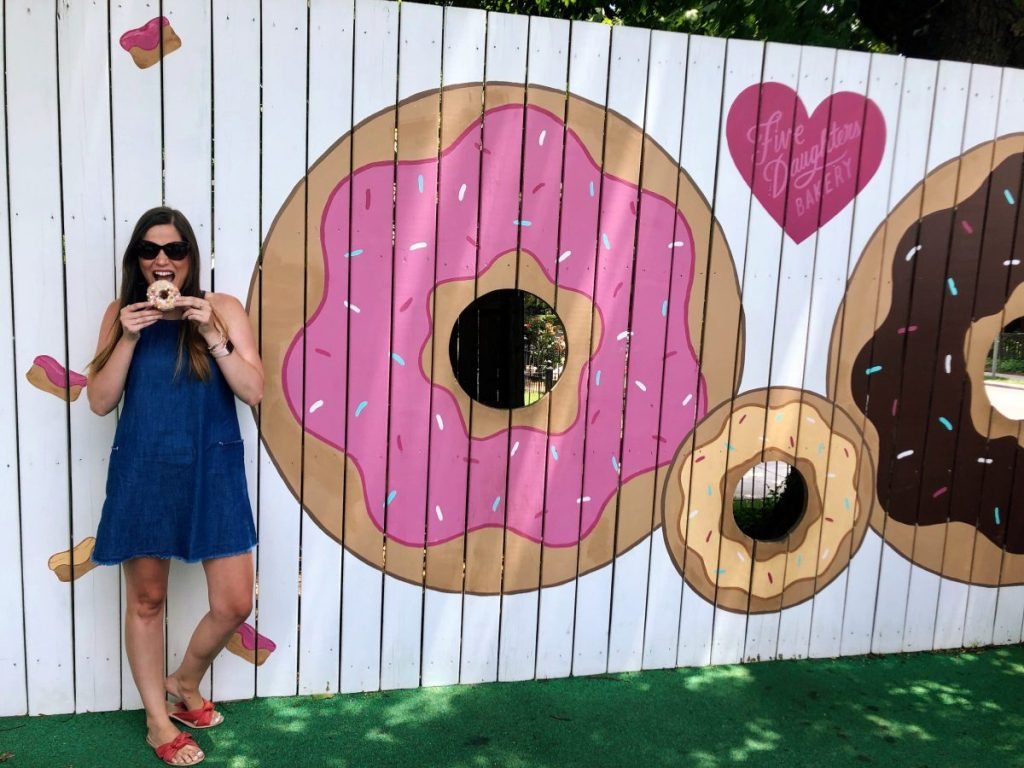The Donut Fence at Five Daughters Bakery | The Instagrammers Guide to Nashville Murals