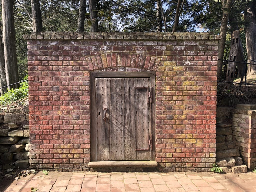 Her Life in Ruins | The Old Tomb at Mount Vernon