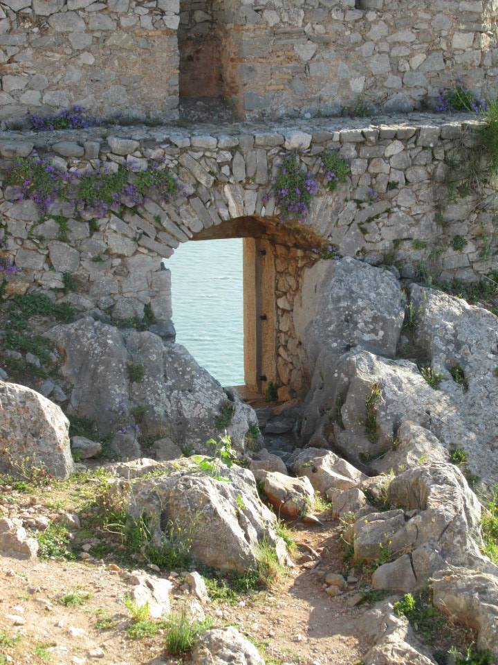 A lookout at Nafplio's Palamidi Fortress