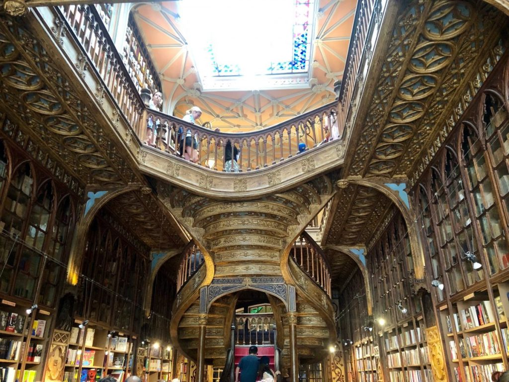 Livraria Lello in Porto | Her Life in Ruins