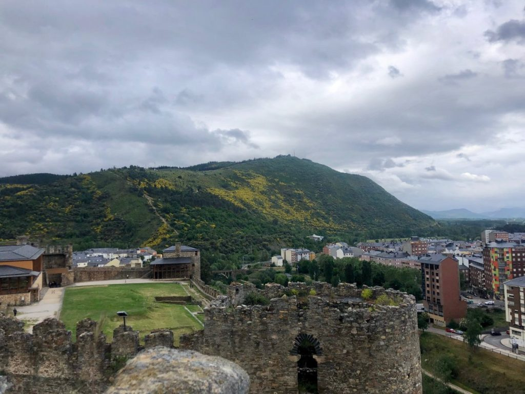 View of the mountains near Ponferrada | Her Life in Ruins