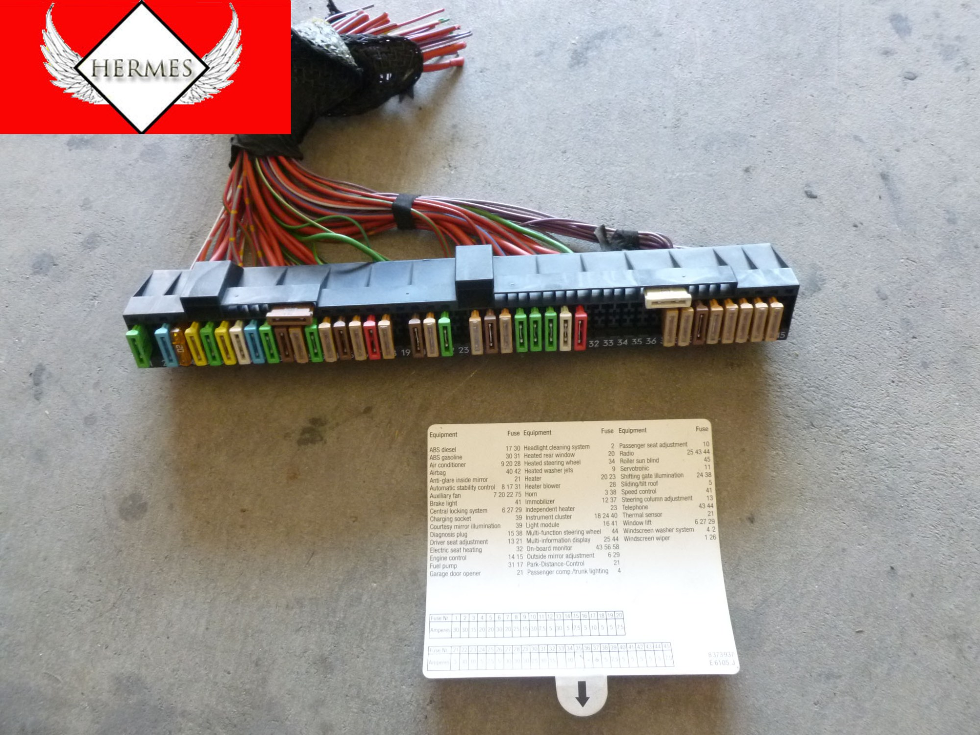 hight resolution of 1997 bmw 528i e39 fuse box above glove box 61138366570 hermes rh hermesautoparts com 2000 bmw