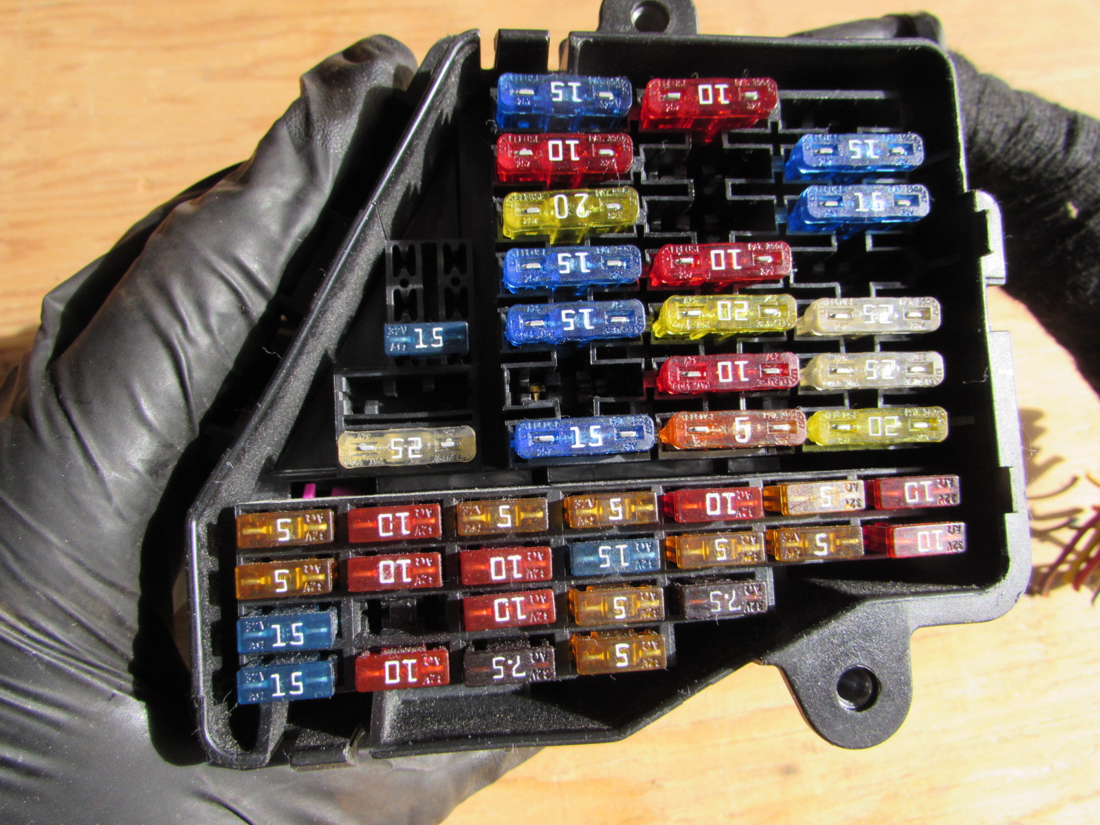 hight resolution of audi tt mk1 8n dash fuse box 8d1941824 hermes auto parts