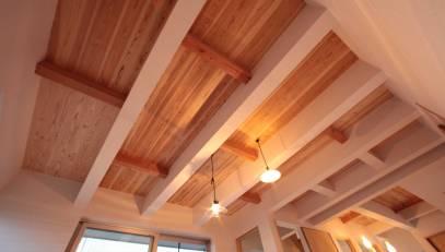 木天井と自然クロス