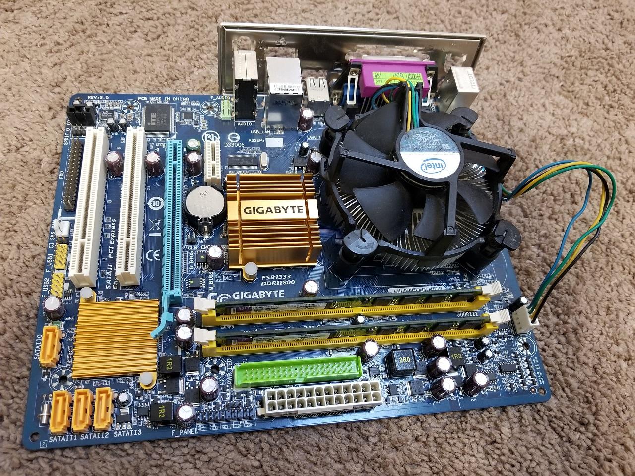 Gigabyte GA-G31M-ES2C Motherboard + CPU + Memory + Cooling Combo | Hernandez AffordableProducts