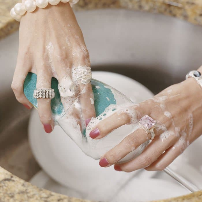 Vaisselle et bijoux