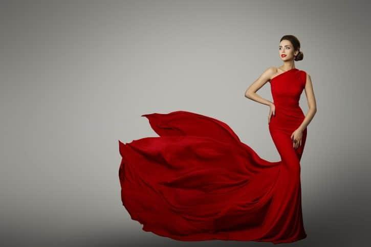 bijoux fantaisies et couleur rouge