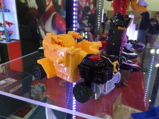 Power Morphicon 2016 Power Rangers Ninja Steel Dumptruck