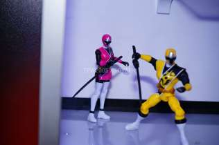 nycc-2016-power-rangers-ninja-steel-10