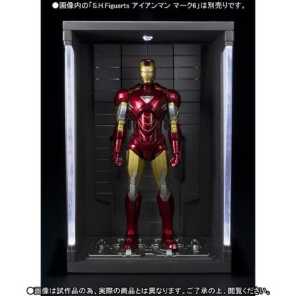 premium-bandai-s-h-figuarts-hall-of-armors-6