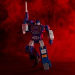Transformers RED Figures Soundwave 6