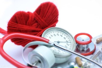 Stethoscope-Heart-Heroes-for-Healthcare-Image