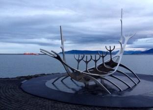 DuskatReykjavik_Icelandicsagarecce18