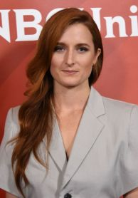 grace-gummer-nbcuniversal-press-day-2016-summer-tca-tour-in-beverly-hills-8-2-2016-1_thumbnail