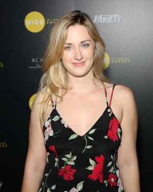 ashley-johnson-height-and-weight-1