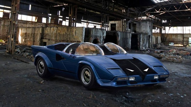 Titans-Batmobile-05