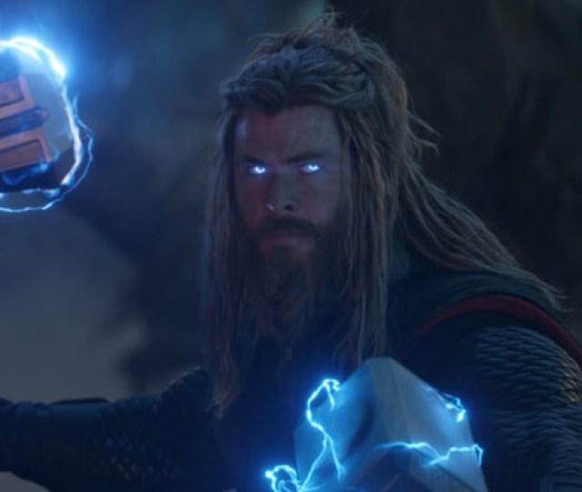 Avengers Endgame Photo Shows Chris Hemsworth In Fat Thor Bodysuit Heroic Hollywood Hemsworth Bros