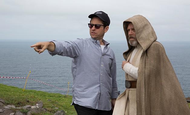 J.J. Abrams Talks Not Planning The 'Star Wars' Sequel Trilogy