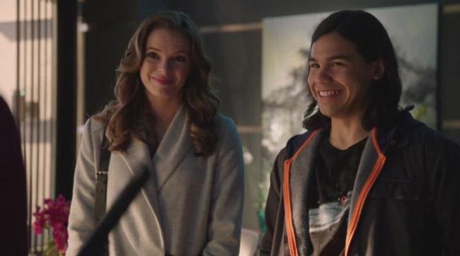 Cisco e Caitlin the flash e arrow