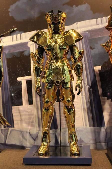 Gêmeos armaduras de ouro em tamanho real cavaleiros do zodíaco hd