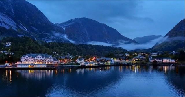 Fjords de Norvège : le Hardengerfjord