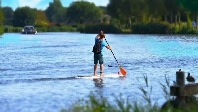 Le paddle en eaux calmes