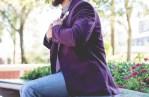 Comment intégrer le violet dans une garde-robe homme ?