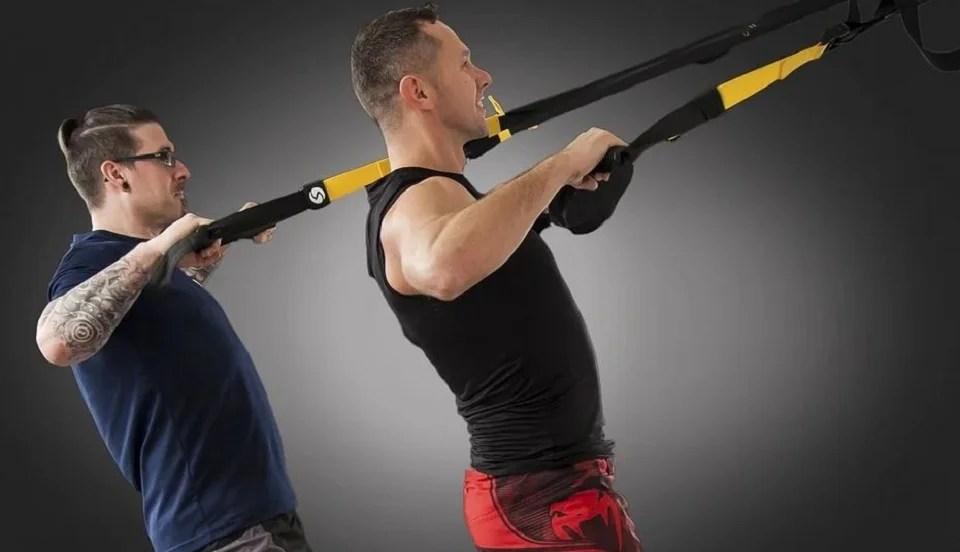 Entraînement avec élastique de musculation
