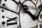 L'horloge murale géante, l'heure de la déco utile a sonné
