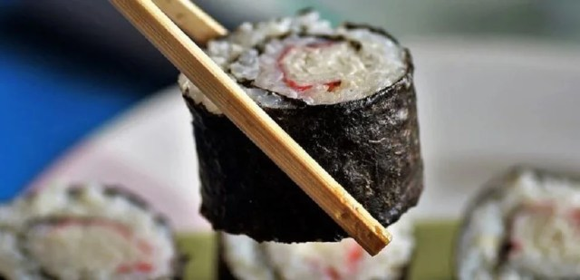 Algues alimentaires et sushis, un délicieux mariage