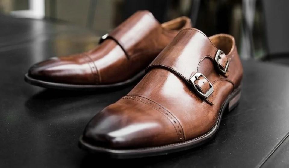 chaussures à boucle homme ou monk strap shoes