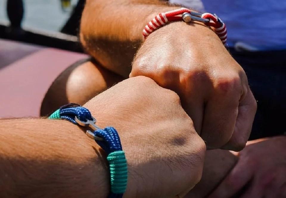 bracelet cordon pour homme tendance