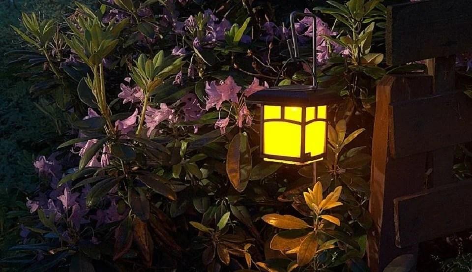 lampe solaire de jardin version lanterne