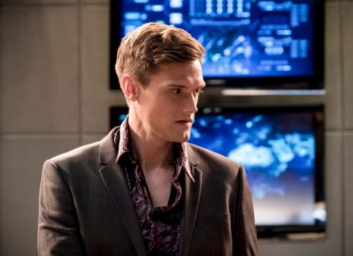 Ralph Dibny as Elongated Man