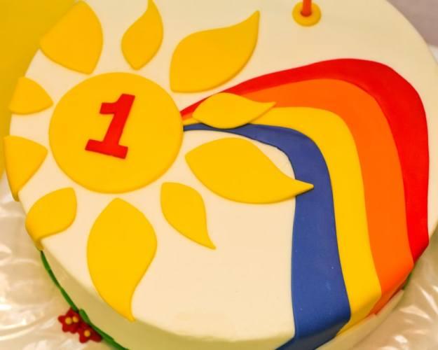 Simple Rainbow Cake
