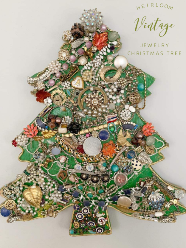 Heirloom Vintage Jewelery Christmas Tree