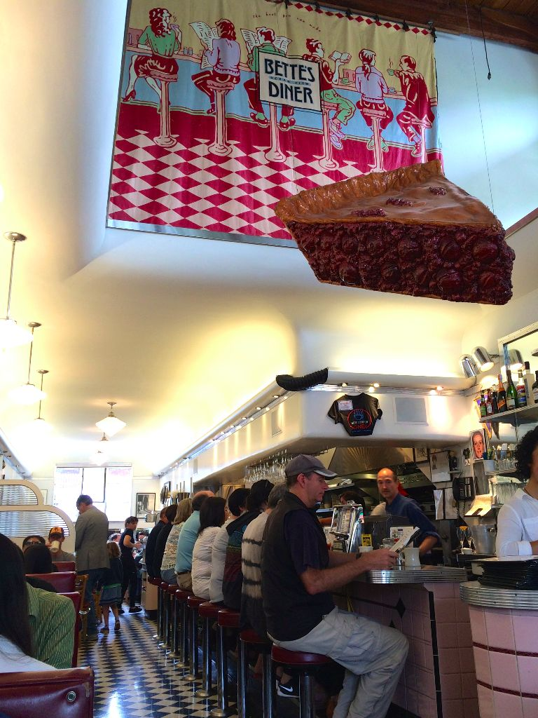 Inside Bette's Diner Berkeley