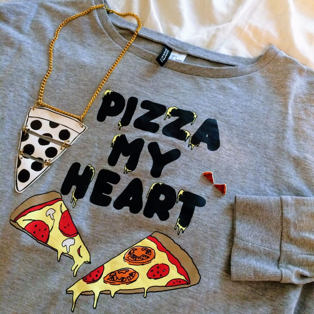 What to wear to a pizza crawl