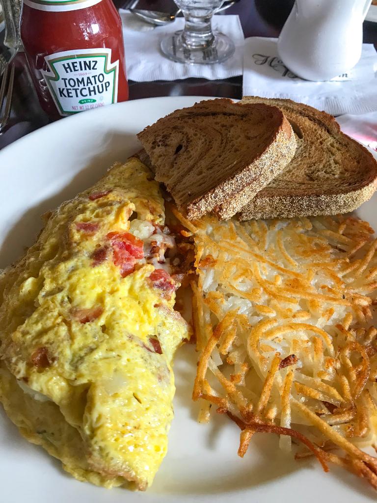 Hotel Bethlehem breakfast