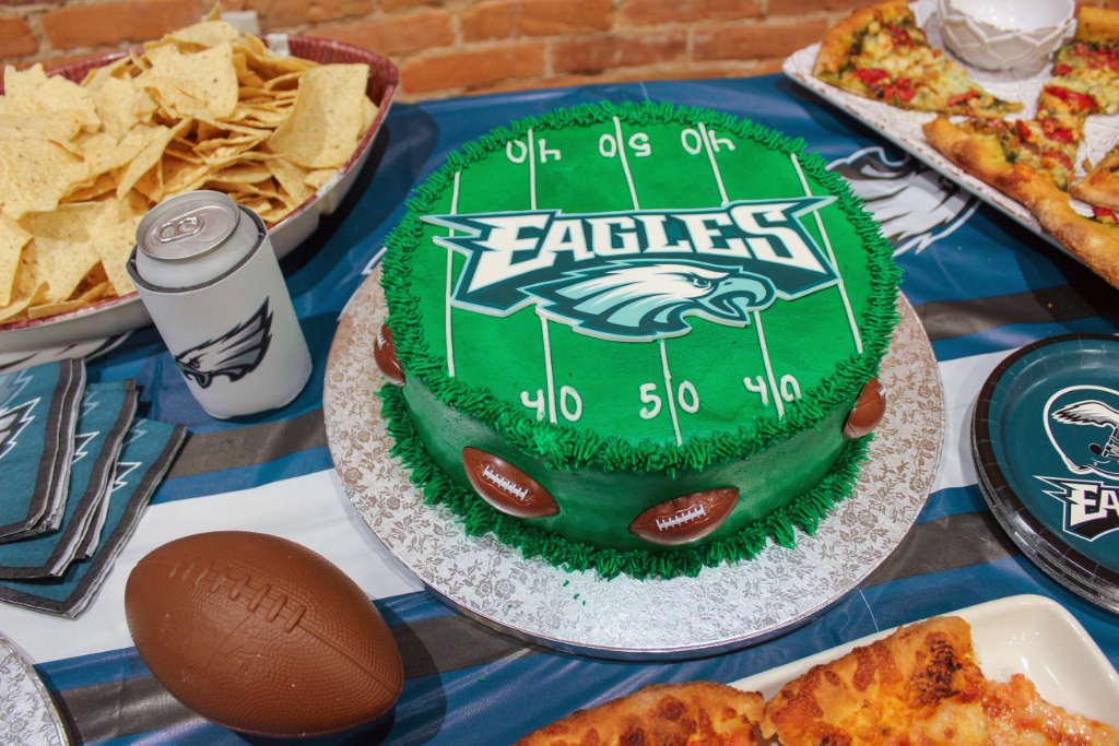 NFL Eagles Cake