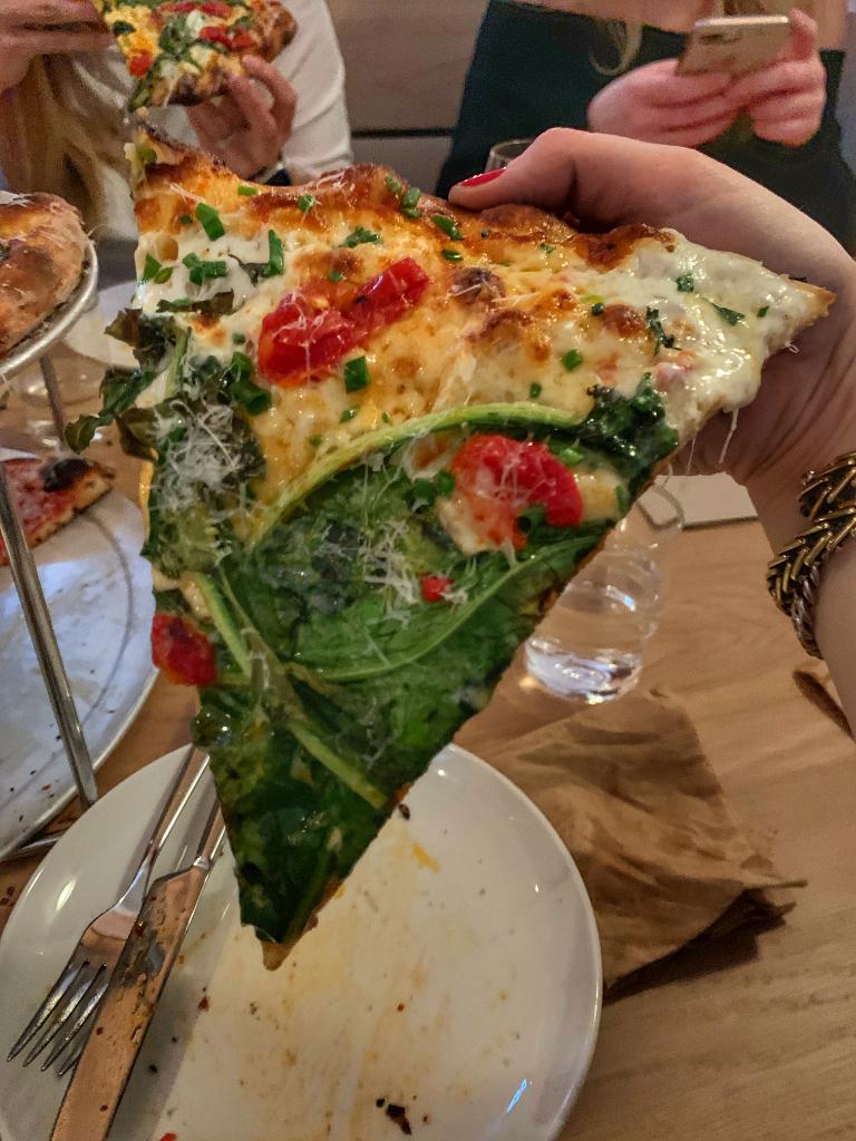 Pizzeria Beddia 2 slice