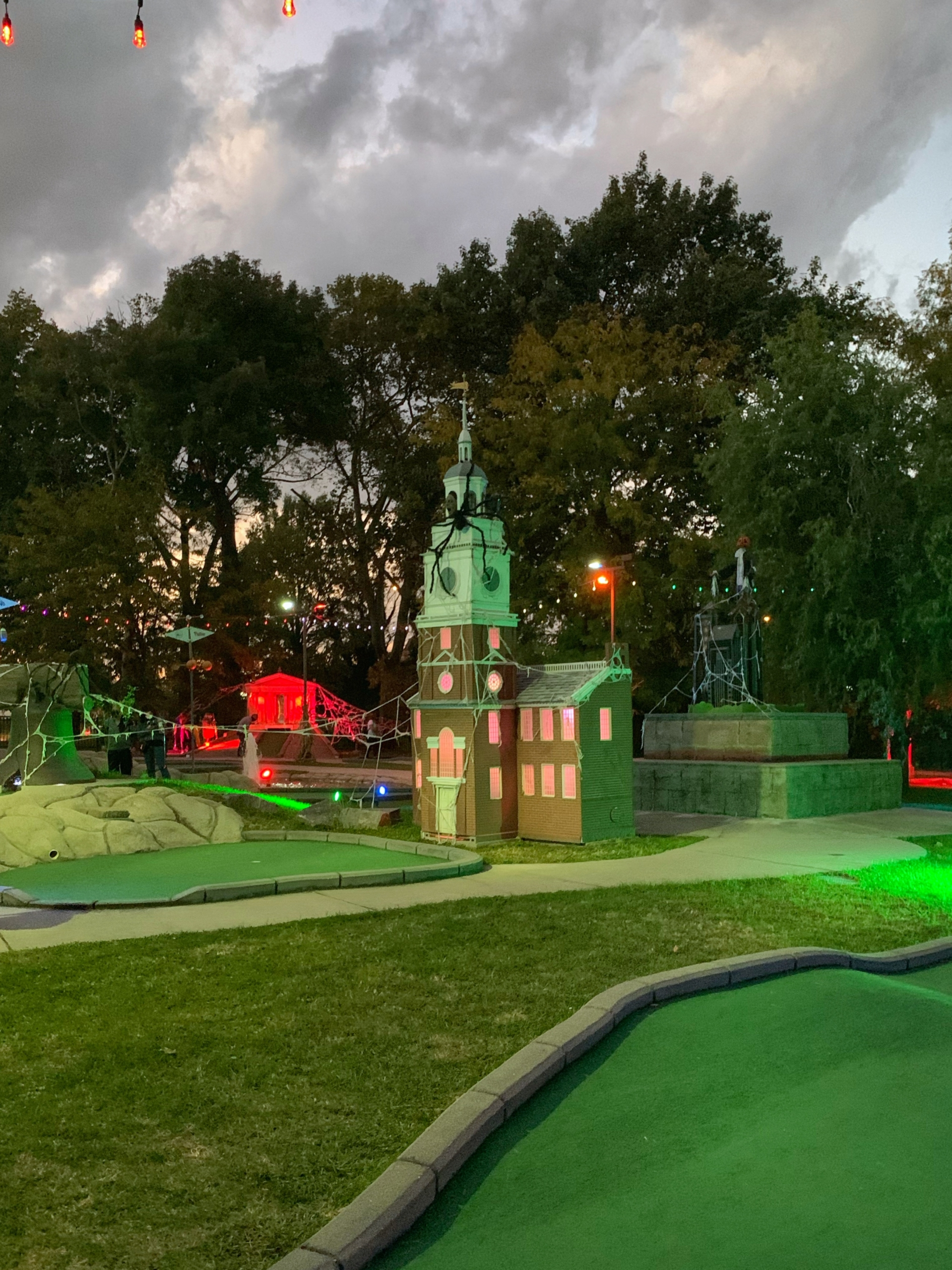 Philly themed mini golf