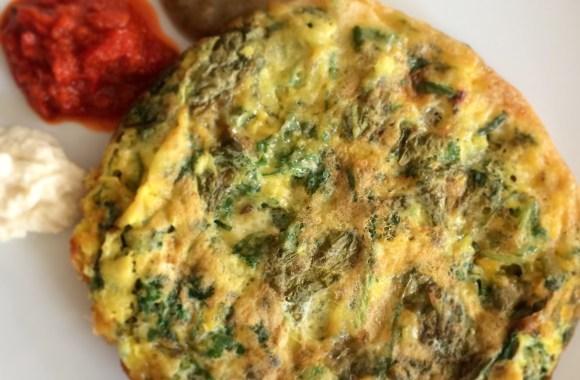 Handkäs-Omelett mit Frühlingskräutern