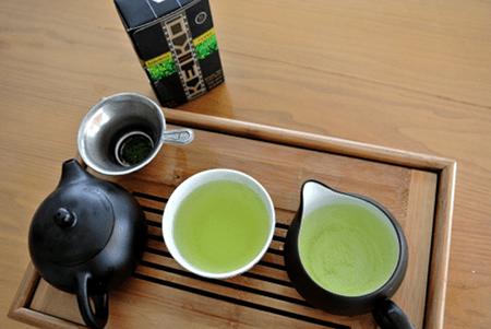 Grüner Tee:  Keiko Tenko