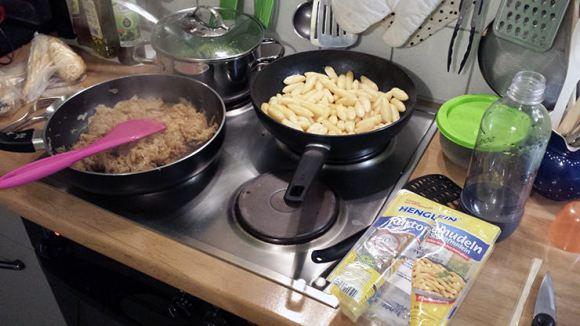 Abendessen: Schupfnudeln mit Sauerkraut