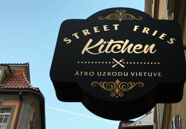 Burger & Fritten. ©HerrundFrauBayer