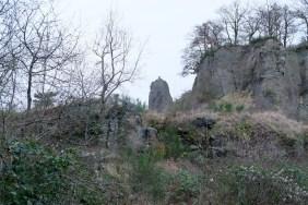 Die ehemaligen Steinbrüche am Stenzelberg. ©HerrundFrauBayer